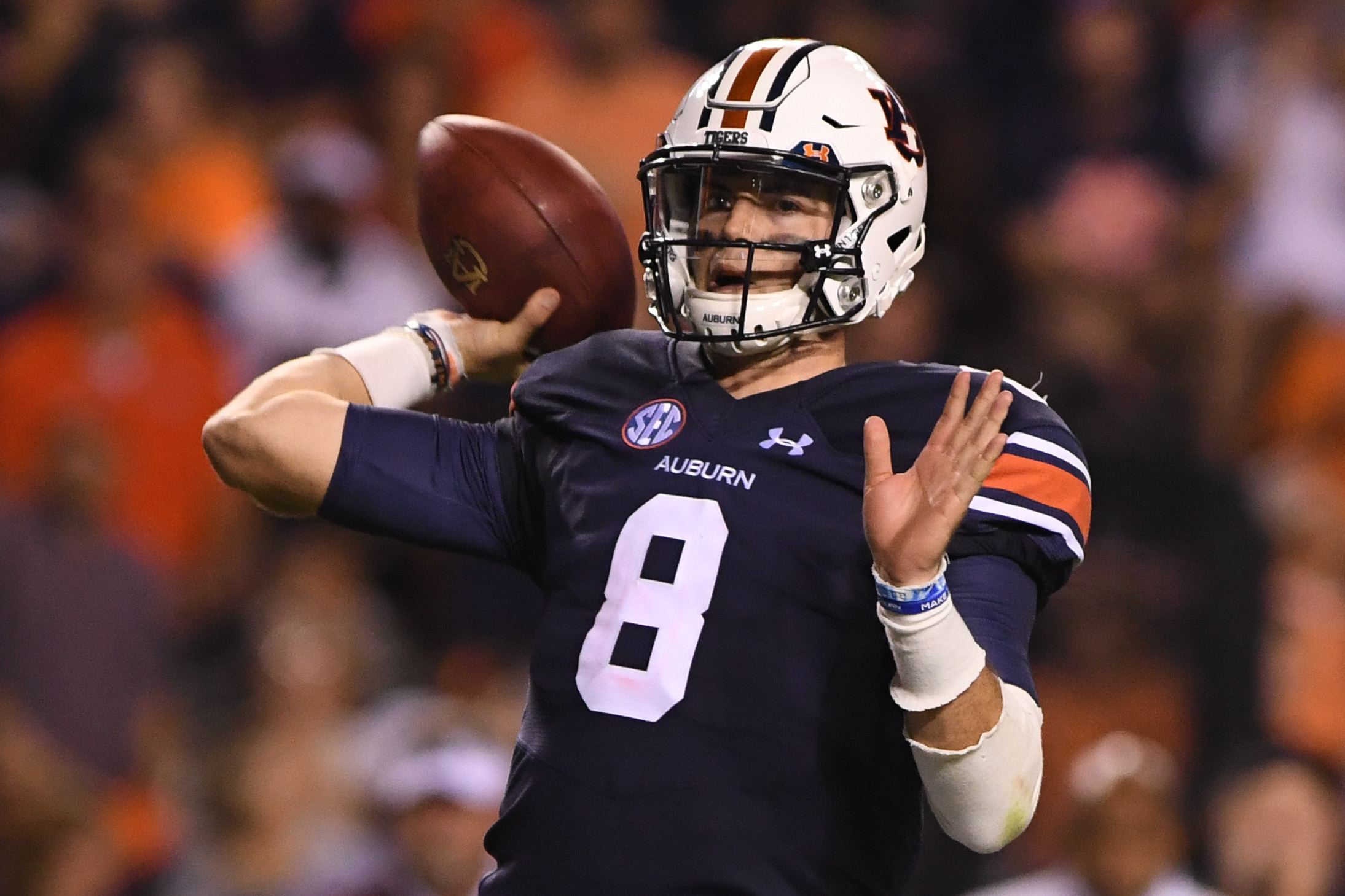 227d920a821 Quarterback Jarrett Stidham has a pass efficiency rating of 216.16 in  Auburn's three SEC games this