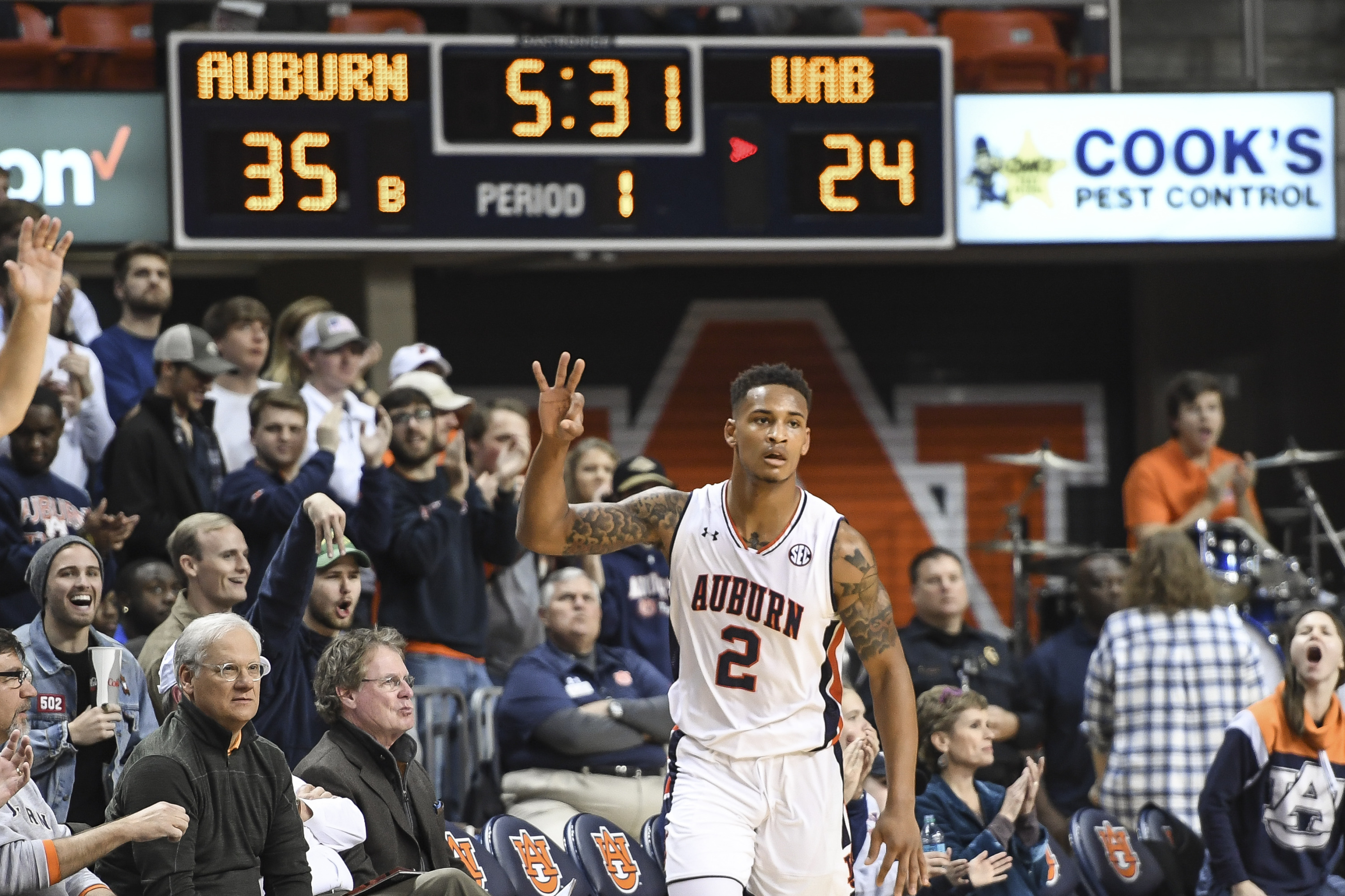 8040e3c74d9 Bryce Brown scored 27 points to lead Auburn to an 85-80 win Saturday over