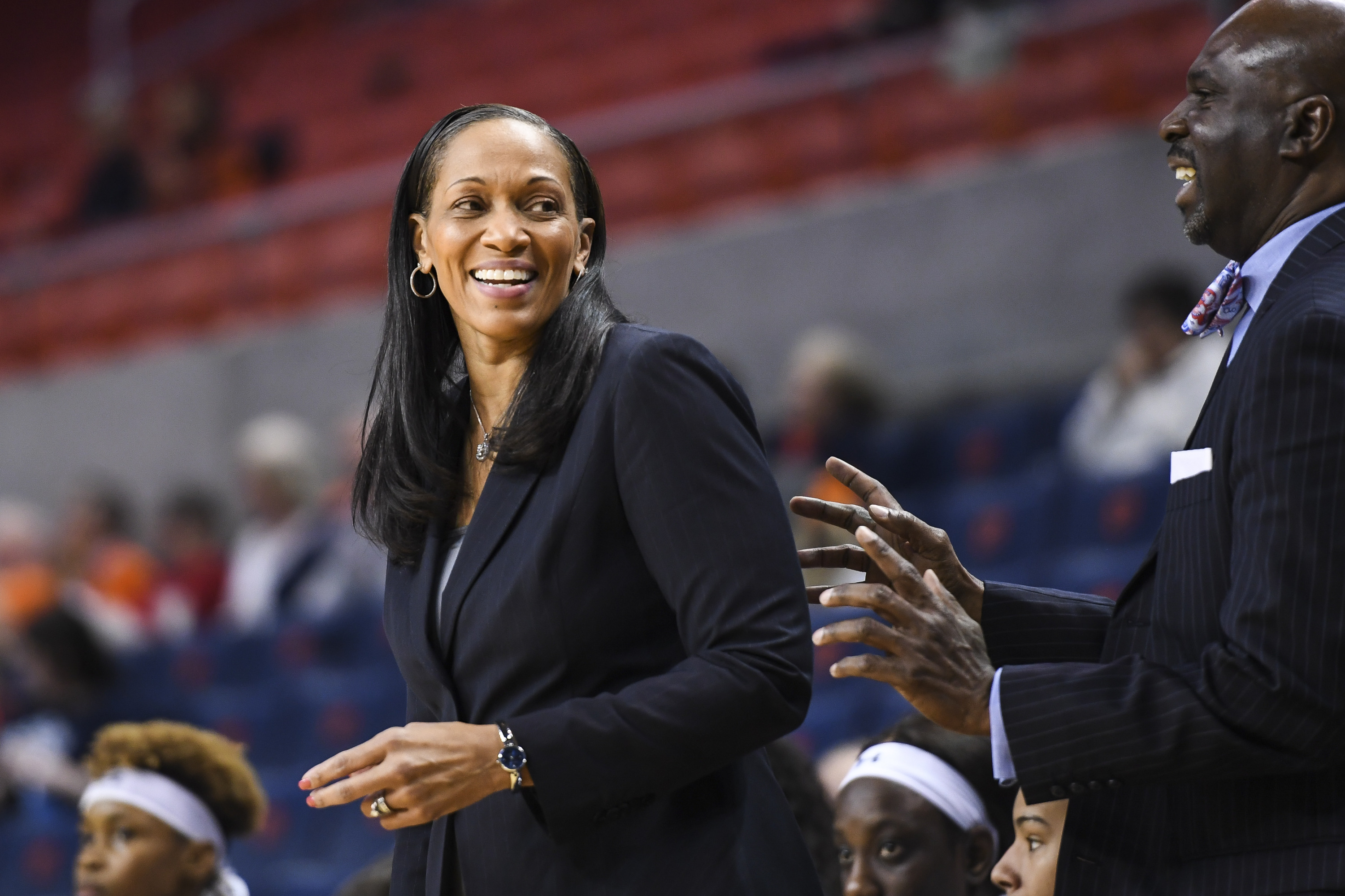 Auburn Women S Basketball Signs Five For 2019 20 Auburn