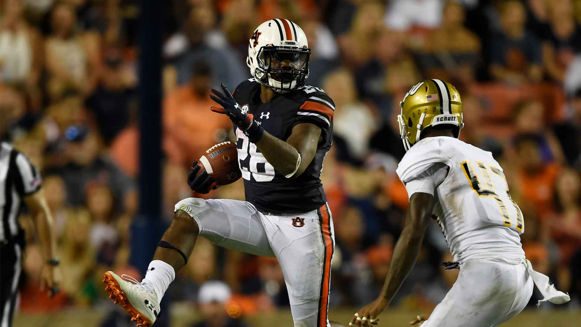Notebook: Freshmen run wild in record-setting win - Auburn