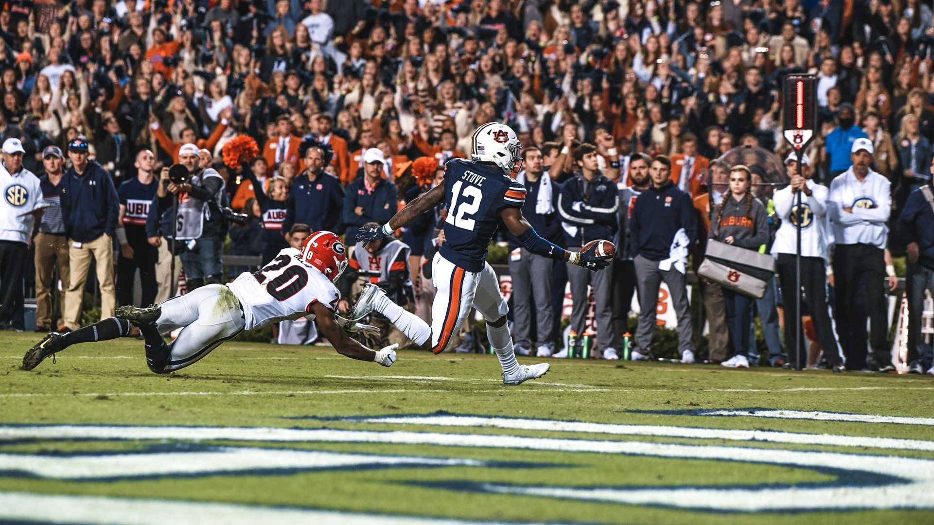 Auburn Rallies Falls 21 14 In Deep South S Oldest Rivalry