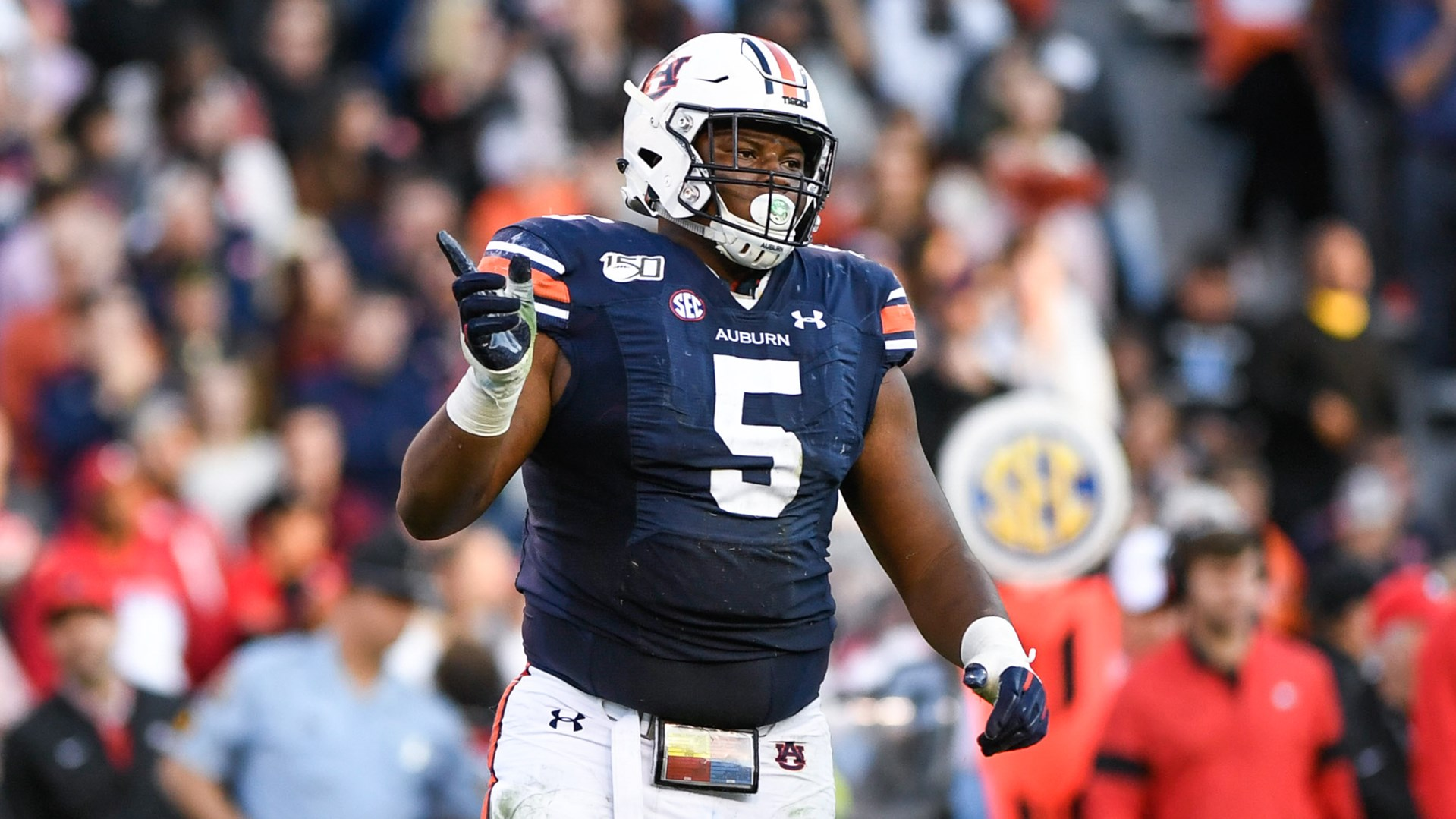 Auburn's Derrick Brown contends for Outland, Nagurski trophies ...