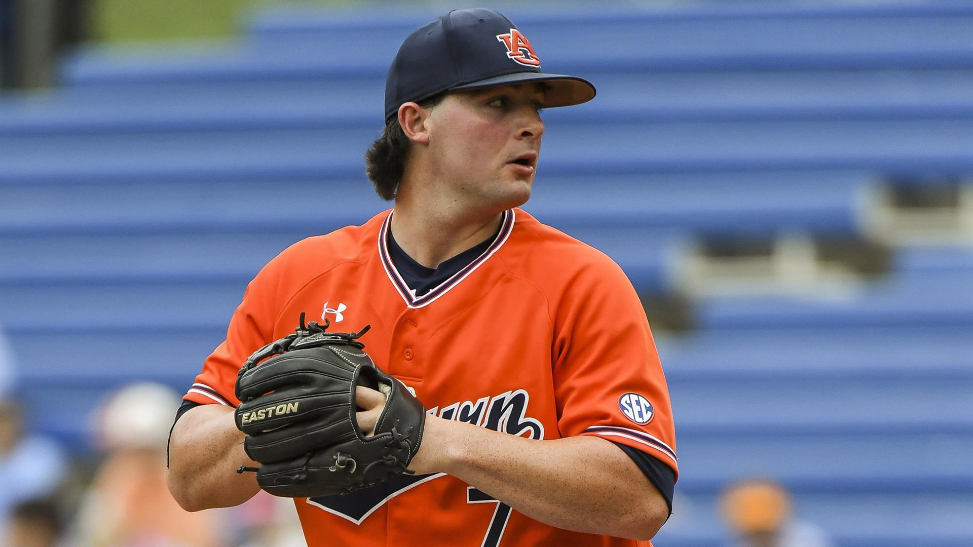 Auburn wins pitching duel in series opener at UCF