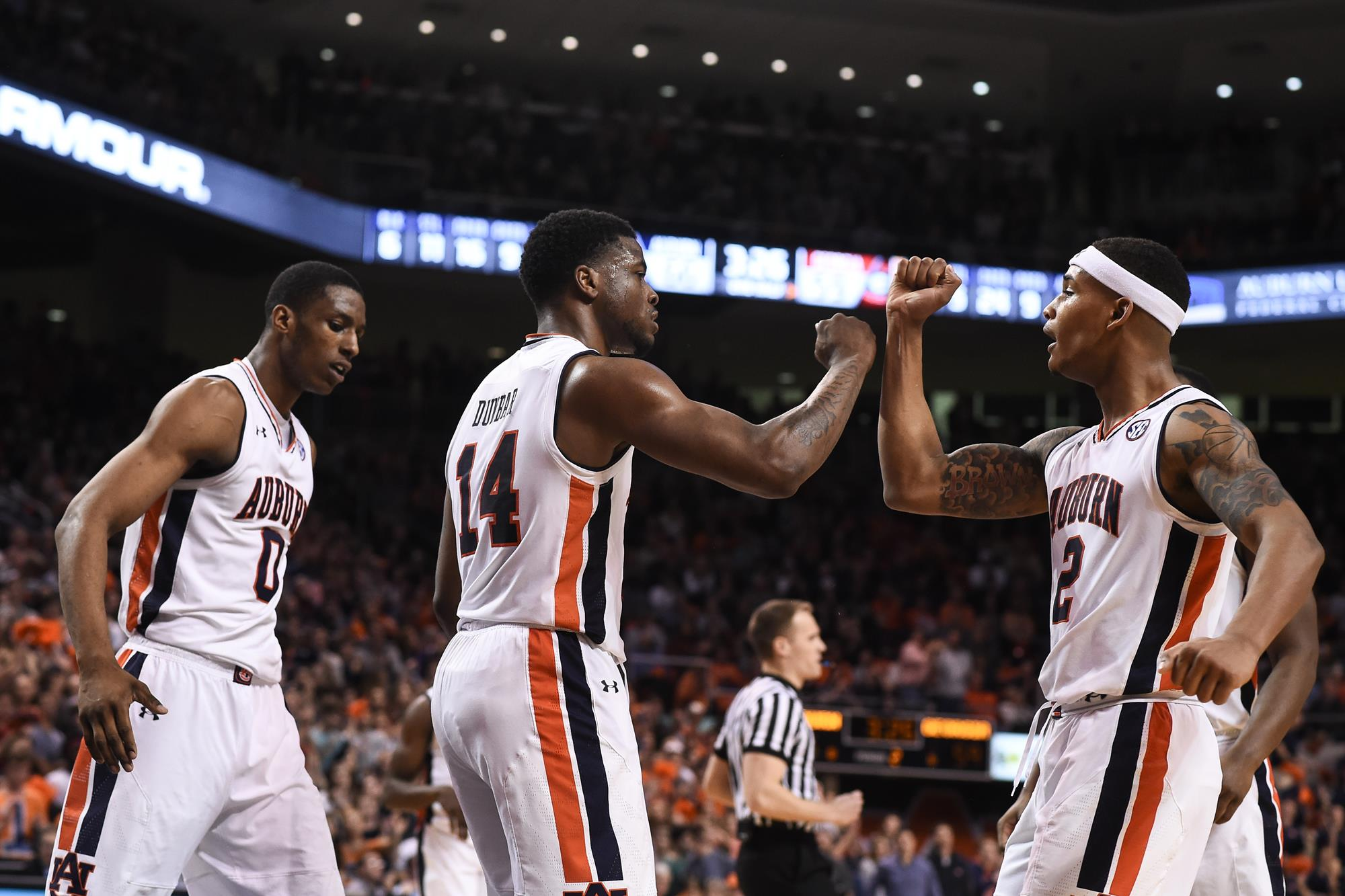 Keep On Running Auburn Seniors To Play Final Home Game